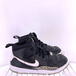 Nike Air Jordan Black White Kids Size 2.5c